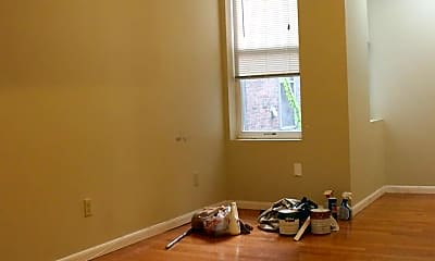 Living Room, 436 N 32nd St, 2