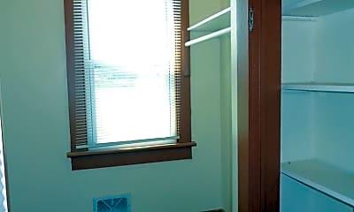 Bathroom, 2137 E Ocean View Ave, 2