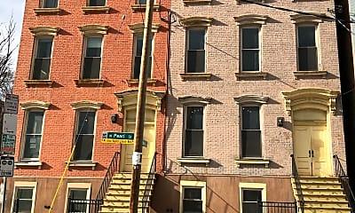 Building, 192 N Pearl St, 0