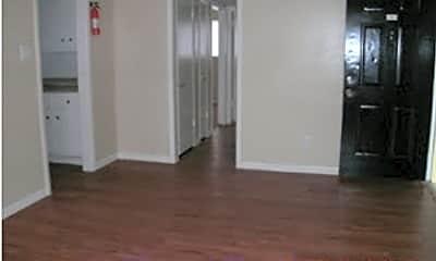 Angel Ridge Apartments, 1