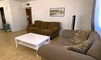 Living Room, 1321 E Hall St, 0