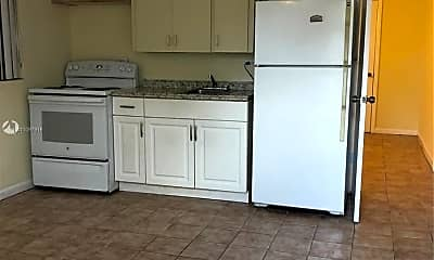 Kitchen, 4924 SW 44th Ave 3, 0