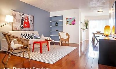 Living Room, 519 Lightsey Rd, 1