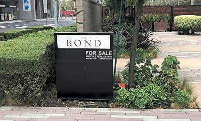 The Bond, 1