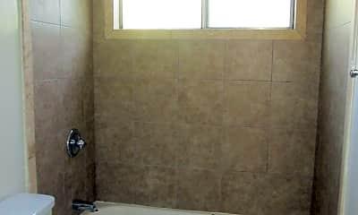 Bathroom, 283 Redondo Ave, 2