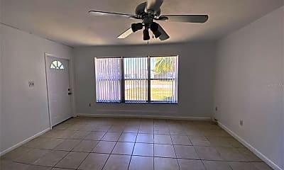 Living Room, 6268 Freemont St, 1