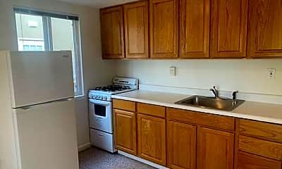 Kitchen, 717 Western Dr, 1