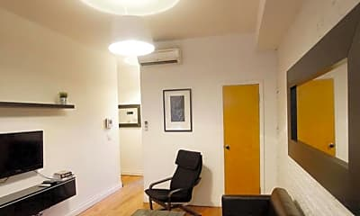 Living Room, 170 Elizabeth St., 0