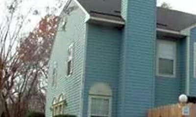 Building, 310 Ferdinand Cir, 0