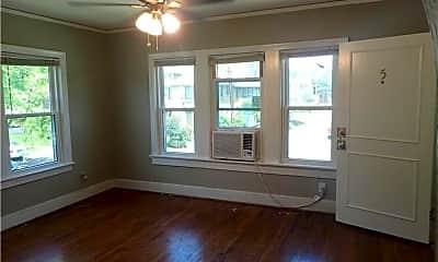 Living Room, 5900 Oram St, 1