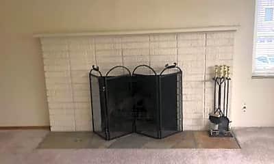Living Room, 11701 Greenwood Ave N, 2