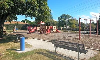 Playground, 7035 Kedzie St, 2