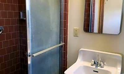 Bathroom, 437 W Mulberry Dr, 2