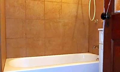 Bathroom, 136 N Longwood St, 2