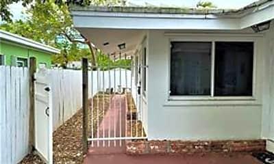 Patio / Deck, 1219 NE 14th Ave 5, 1