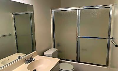 Bathroom, 370 W Wilson Ave, 2