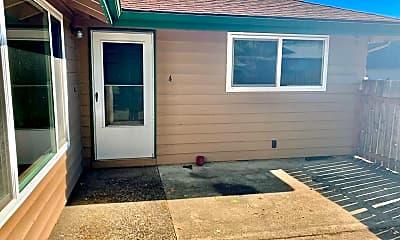 Patio / Deck, 3226 NE Lancaster St, 0