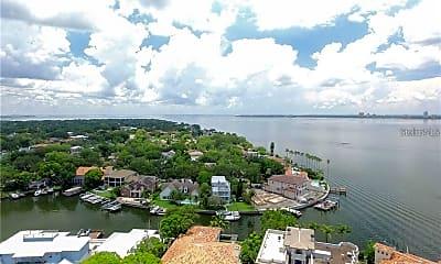 65 Bahama Cir, 2