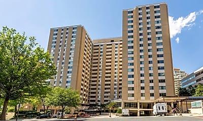 Building, 4601 N Park Ave 1404, 1