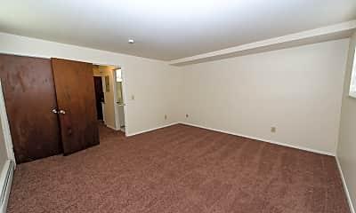 Living Room, 930 Snider Rd, 2