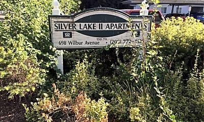 Silver Lake Apartments, 1