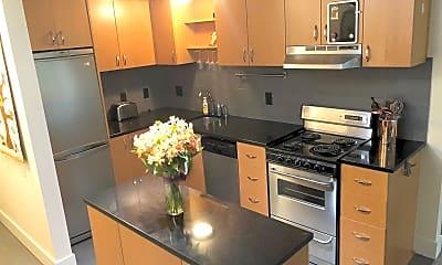 Kitchen, 668 McVey Ave, 1