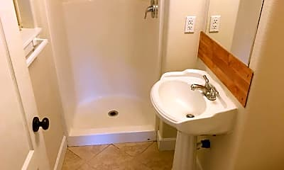 Bathroom, 3017 Alameda St NE, 2