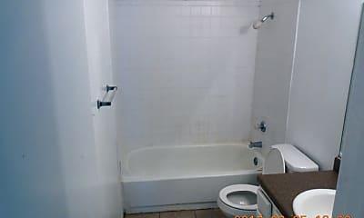Bathroom, 1400 Gardina, 2