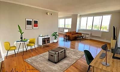 Living Room, 40 E Sidney Ave 21E, 0