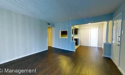 Living Room, 5515 Gaston Ave, 1