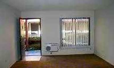 El Presidio Apartments, 2