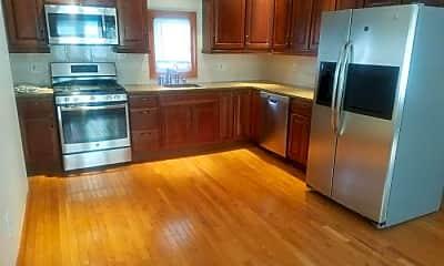 Kitchen, 158 Walnut St, 1