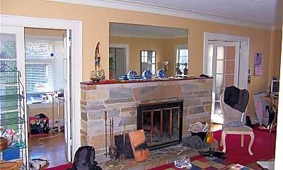 Living Room, 4742 19th Ave NE, 2