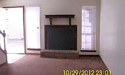 Living Room, 5620 Rickover St, 1