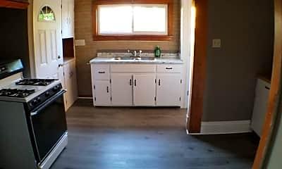 Kitchen, 1122 W 21st St, 1