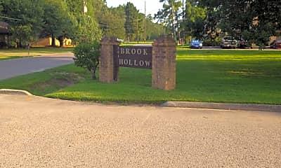 Brook Hollow, 1