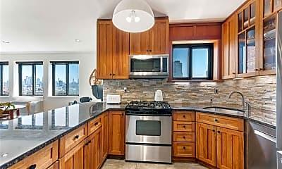 Kitchen, 205 10th St, 2