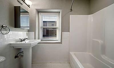 Bathroom, 625 S Elgin Ave, 2