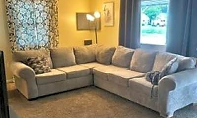 Living Room, 2322 Washington Ave, 1