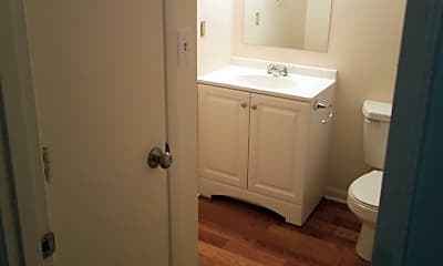 Bathroom, 300 Edgewood Dr, 2