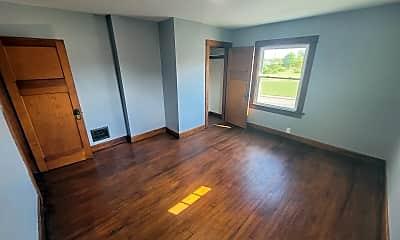 Living Room, 3629 W Third St, 1