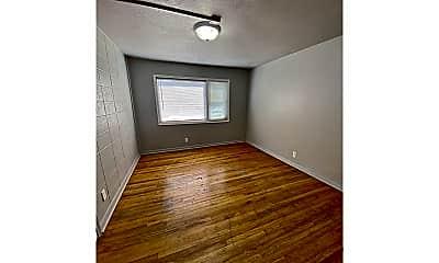 Bedroom, 4502 N 49th St, 2