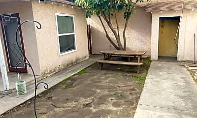 Living Room, 215 N Buena Vista St, 2