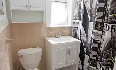 Bathroom, 32-37 47th St, 2
