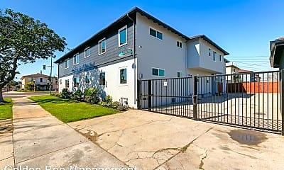 Building, 7916 Crenshaw Blvd, 2