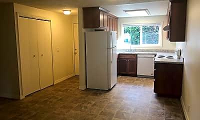 Kitchen, 3308 Alberta Ave NE, 1