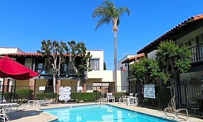 Pool, 15910 Pasadena Ave, 2