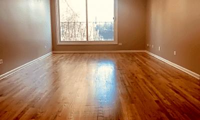 Living Room, 2720 E 75th St, 0