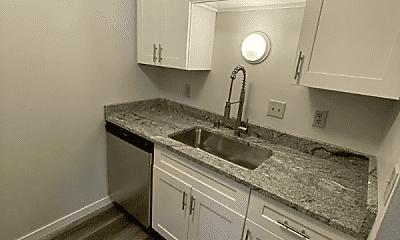 Kitchen, 519 Jefferson St, 1