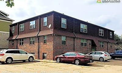 Building, 701 N 9th St, 1